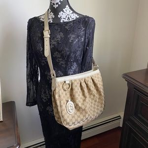 Authentic Gucci Sukey Messenger Bag Medium Ivory